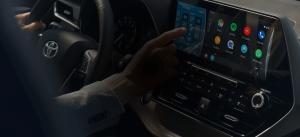 Toyota   Apple CarPlay & Android Auto -multimediapäivitys